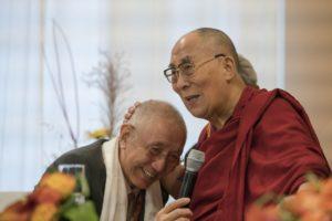 达赖喇嘛尊者在法兰克福西藏之家会见达佳仁波切